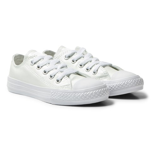 Converse White Chuck Taylor All Star Junior Trainers