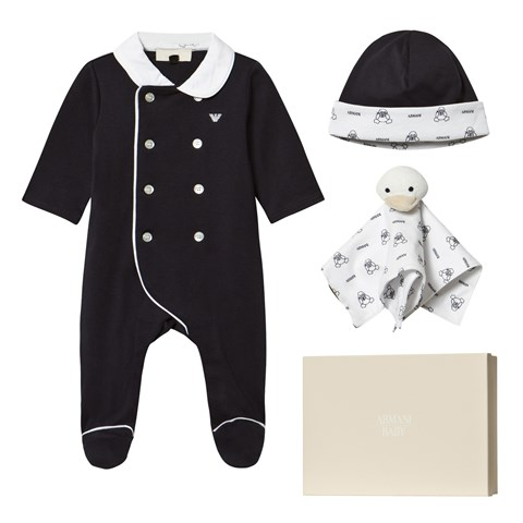 3 Piece Babygrow Hat and Comforter Set