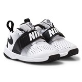 Nike Boys´ White Nike Team Hustle D 8 Toddler Shoe